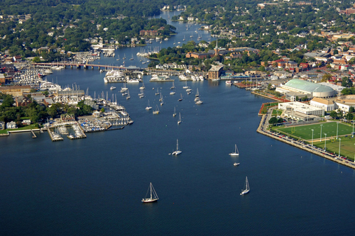 aerial view of Annapolis and the mouth of the Severn River